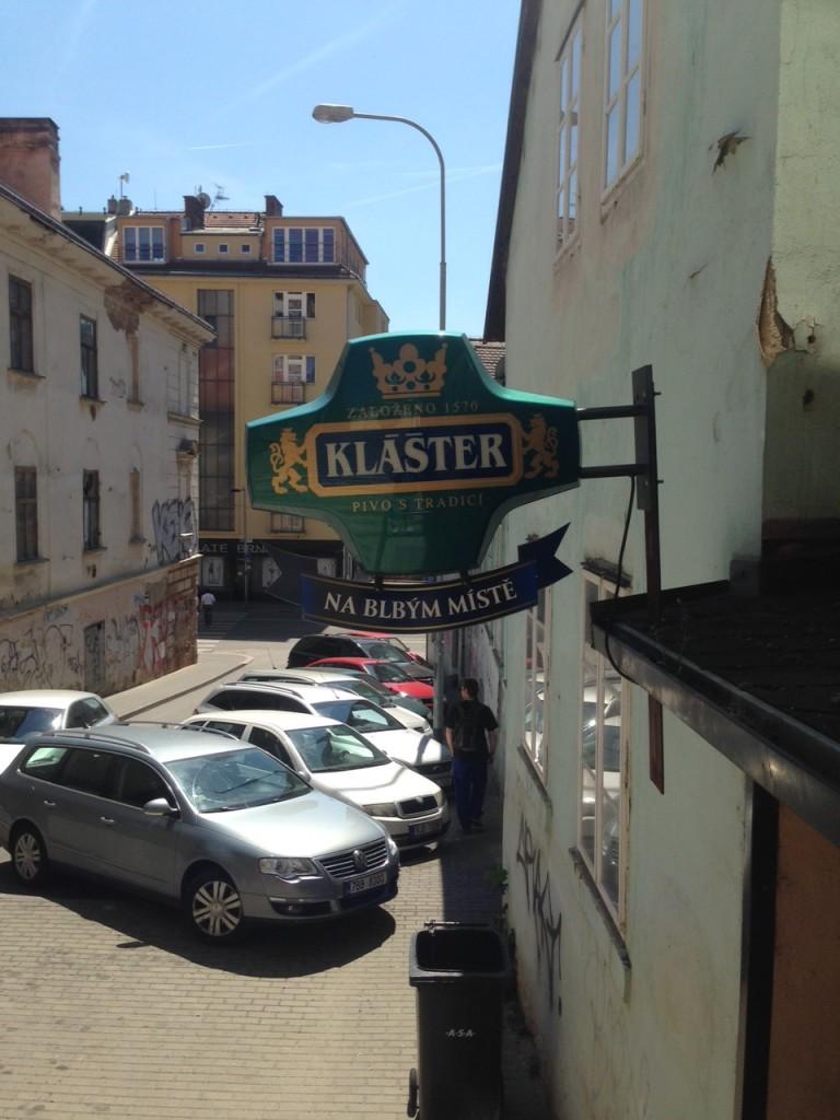 """Restaurace """"Na blbým místě"""" v Brně"""