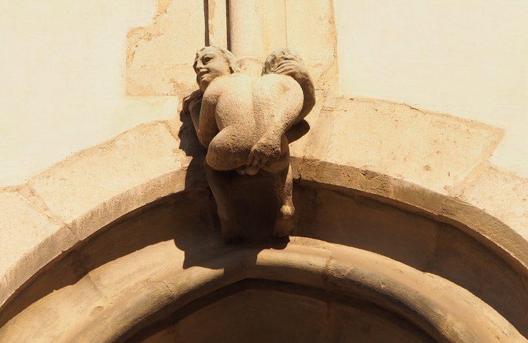 Kostel svatého Jakuba a nemravný mužíček