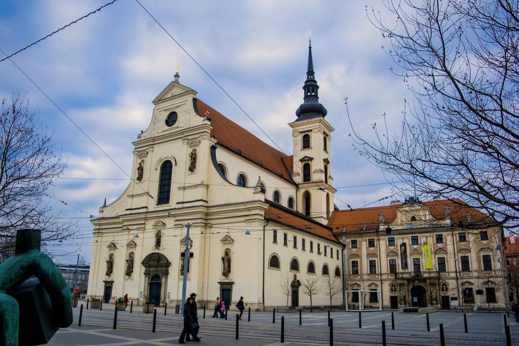 Kostel sv. Tomáše u Místodržitelského paláce