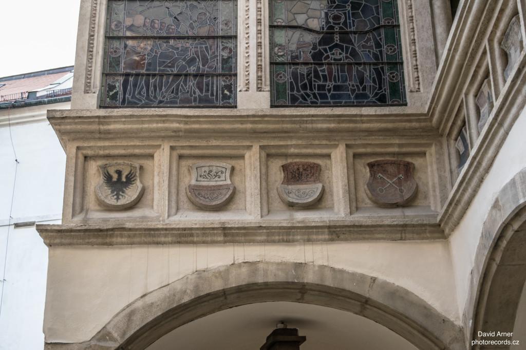Symboly na Staré radnici